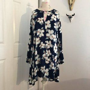 LUSH Long Sleeve Blue and White Floral Dress